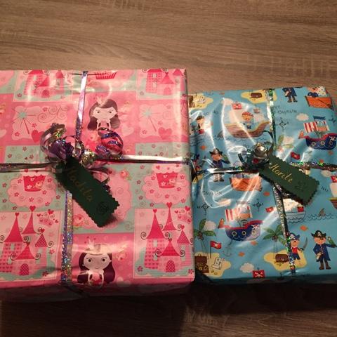 Selbstgestaltete Geschenkanhänger