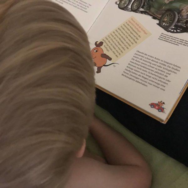 Vorlesen für die Kinder