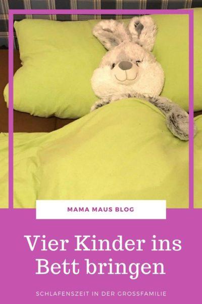 4 kinder ins bett bringen bett geh zeit in der gro familie mama maus. Black Bedroom Furniture Sets. Home Design Ideas