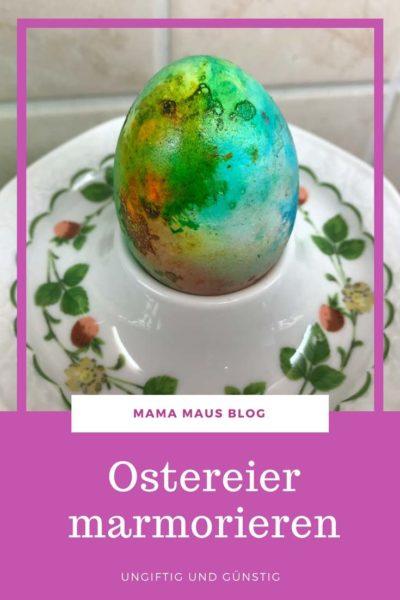 Ostereier marmorieren - Eier ungiftig und günstig mit Eischnee färben #ostern #ostereier #marmorieren #ostereierfärben