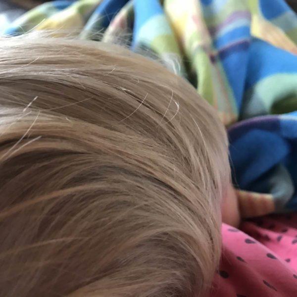 Krankes Kind mit Fieber