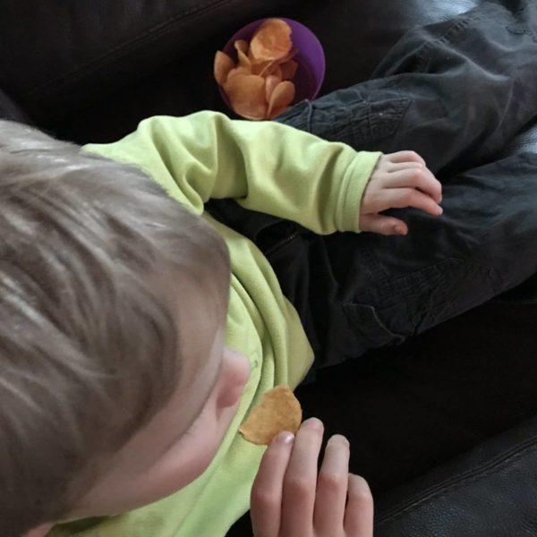 Chips zum Fernsehnachmittag mit Kindern