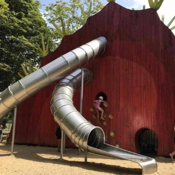 Liebevoll gestalteter Spielplatz auf der EGA