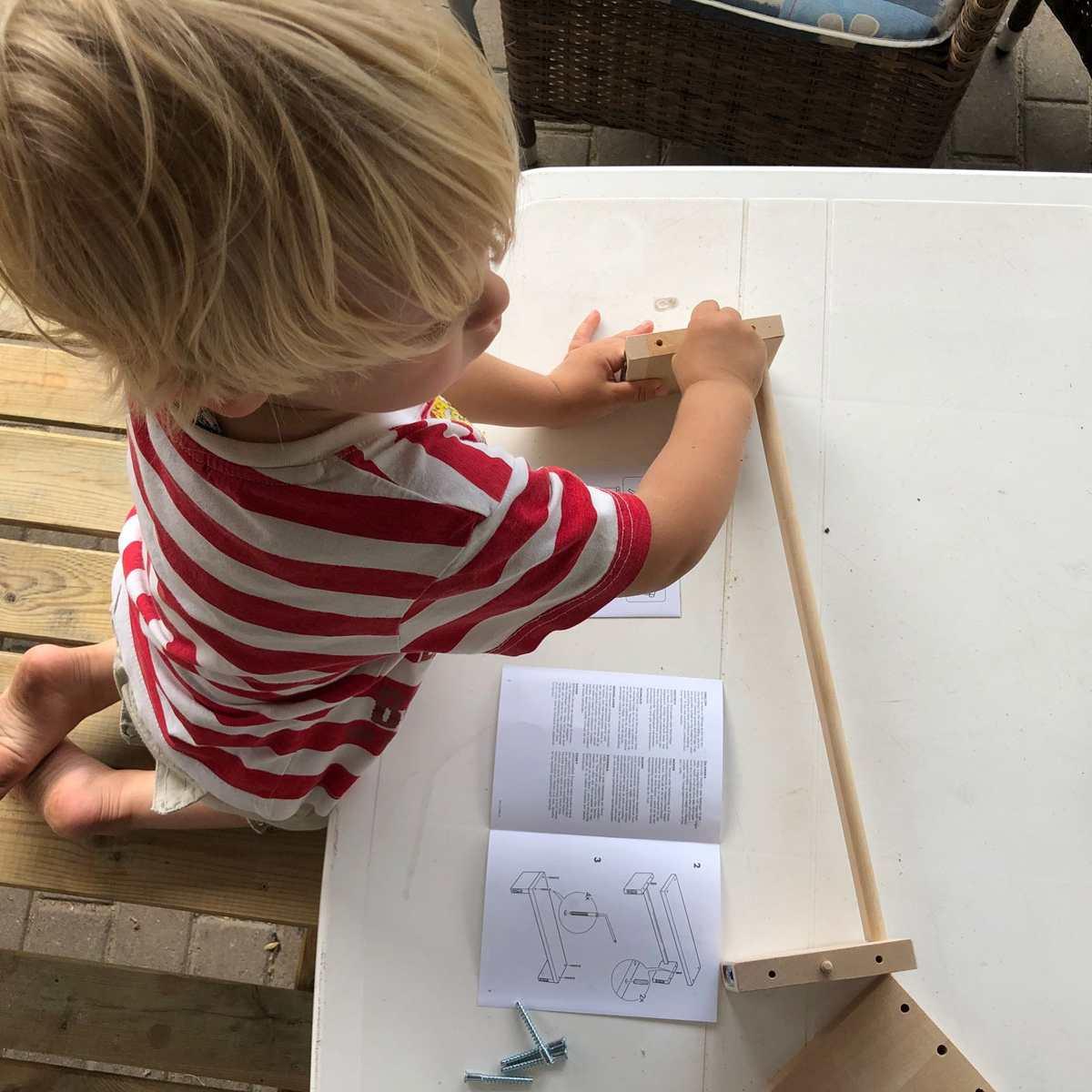 Wie der Knuddelkäfer ein Regal baute