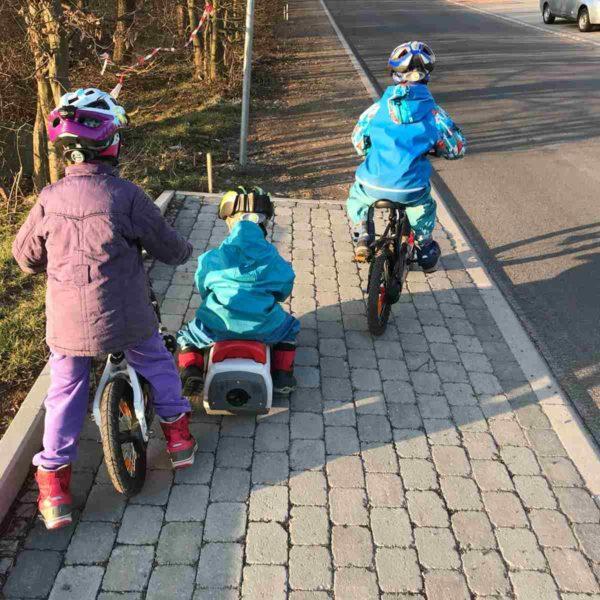 Fahrradhelme für Kinder einer der wichtigsten Punkte beim Fahrradfahrenlernen
