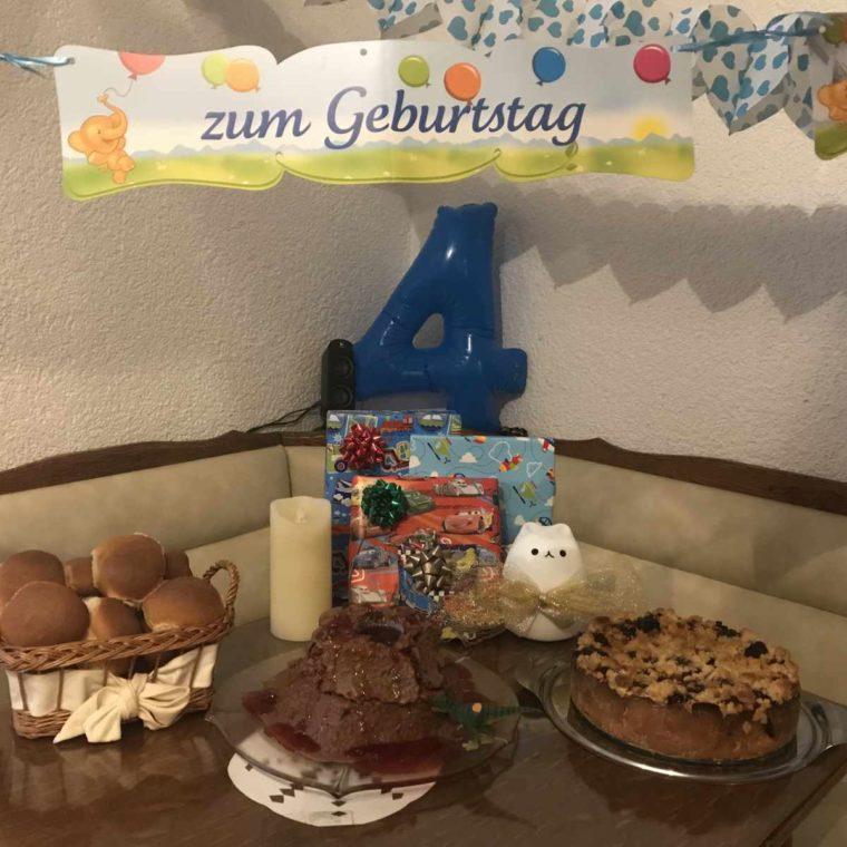 Der 4. Geburtstag des Knuddelkäfers