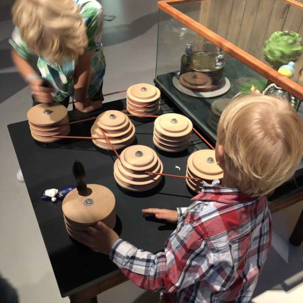 Phaeno Wolfsburg die Tüfftelmäuse begeistern Kinder