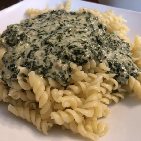 Tunfisch-Spinat-Soße zu Pasta