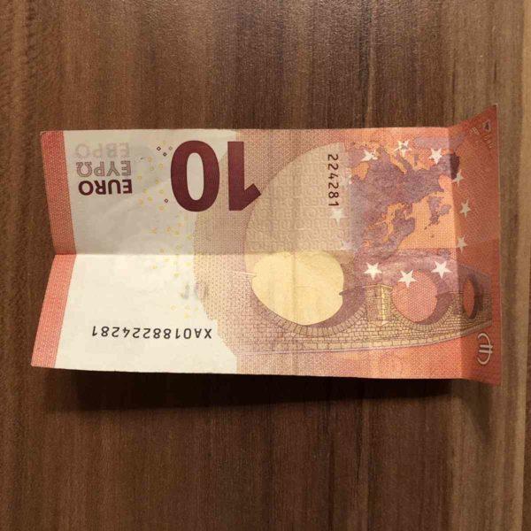 100 Euro Torte falten
