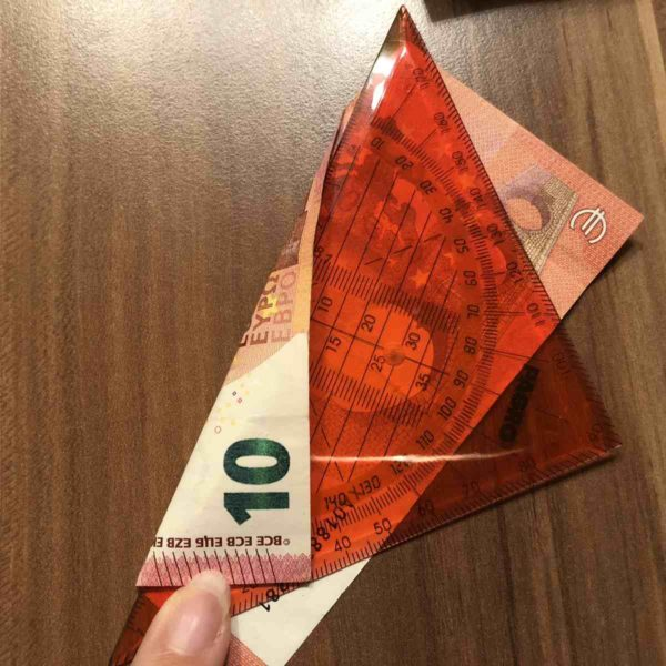 10 Euro Schein für Geldgeschenk falten