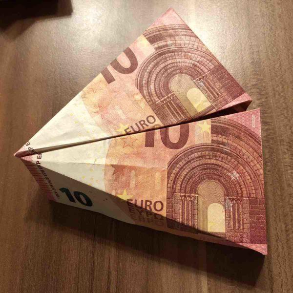 Tortenstücke aus 10 Euro Scheinen falten