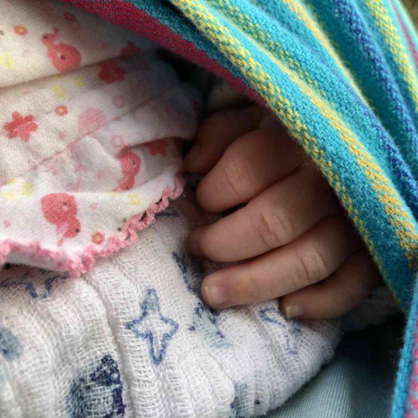 Entwicklung Baby mit drei Monaten