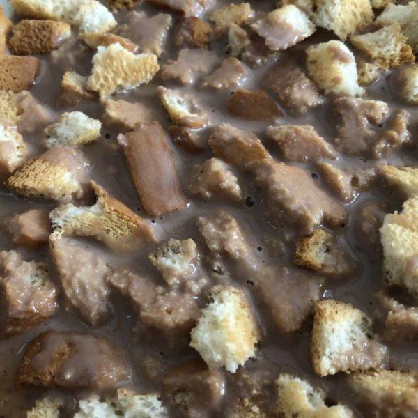 Rezept für Schokoladensuppe mit Zwieback