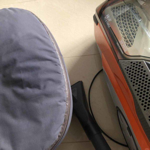 THOMAS Flecken aus dem Kinderwagen entfernen