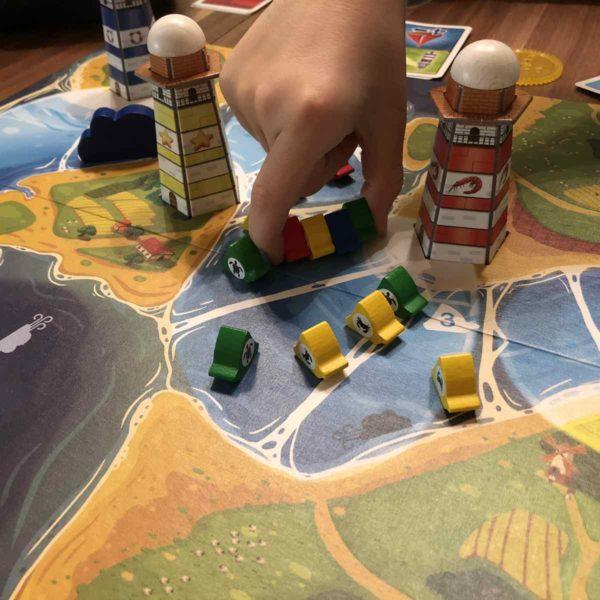 Amigo Lighthouse Run mit der Familie spielen
