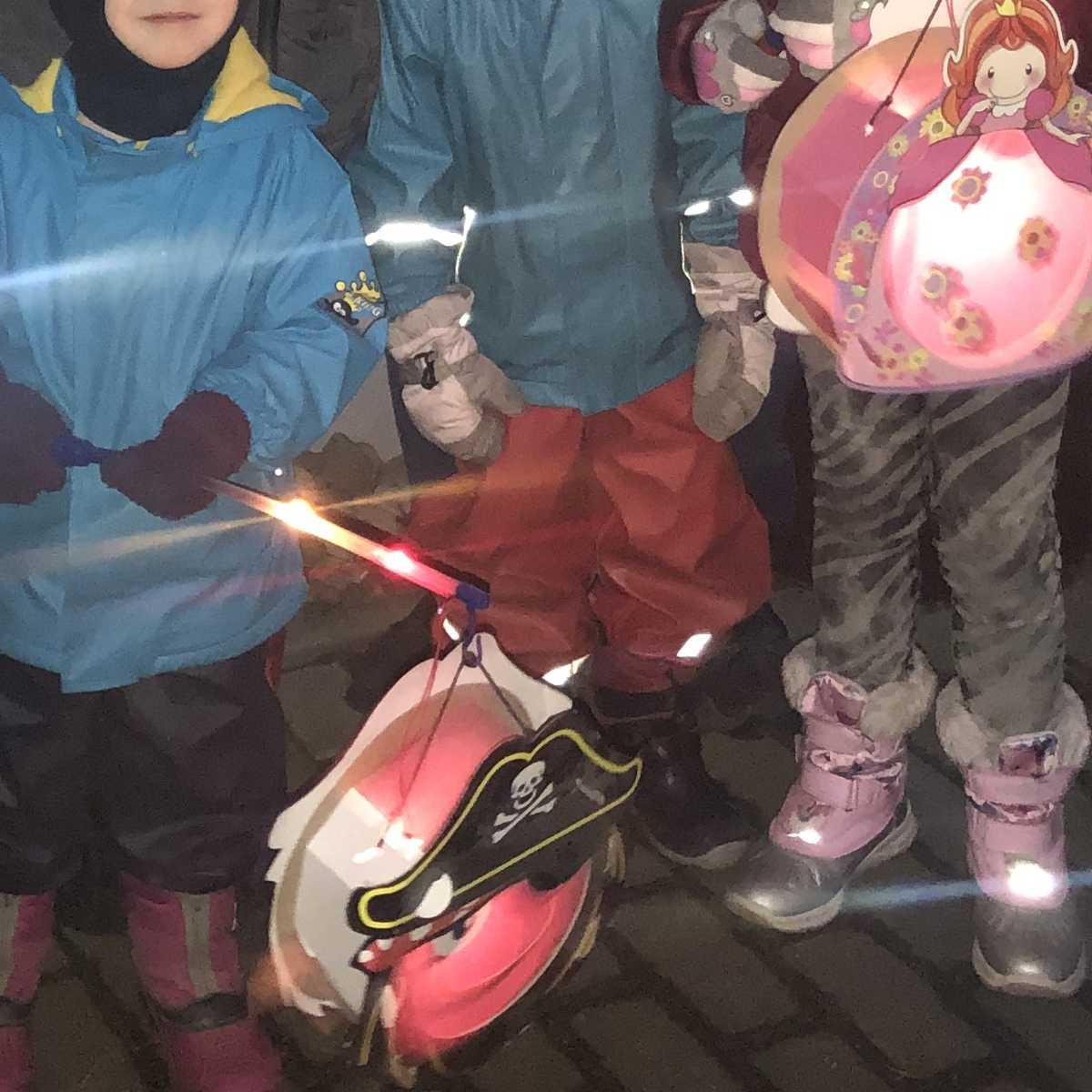 Wochenende in Bildern #WiB 49 2019 – Laternenumzug und Baby Meilenstein